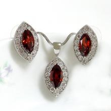 Marquise Garnet Jewelry Set